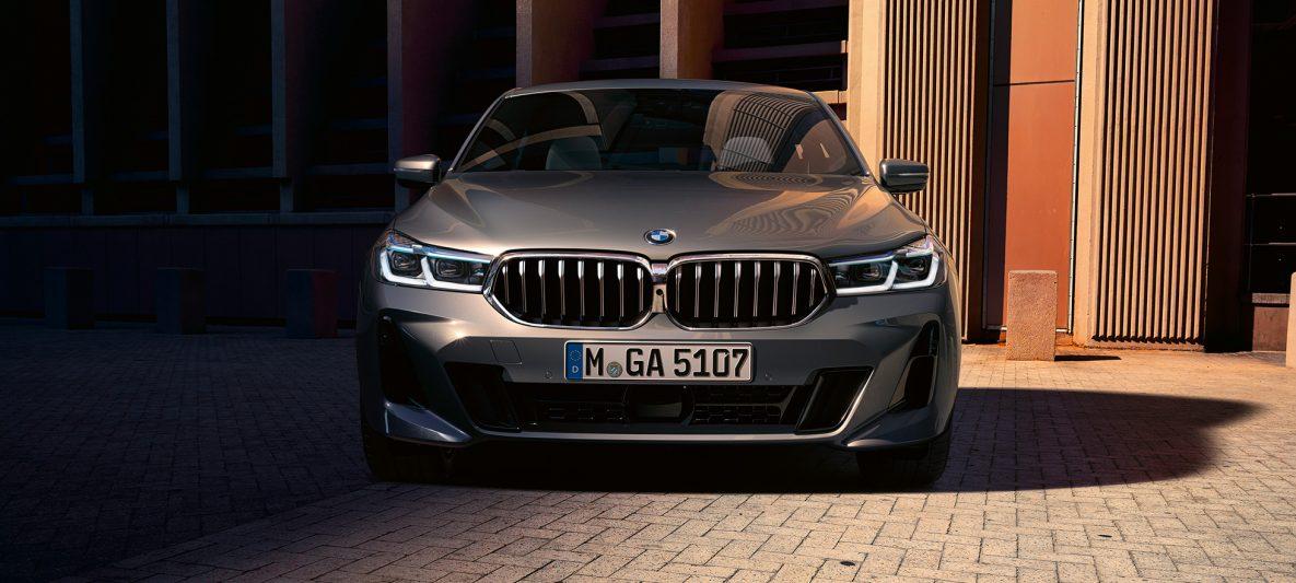 Frontdesign BMW 6er Gran Turismo 640i xDrive G32 2020 Berninagrau Frontperspektive